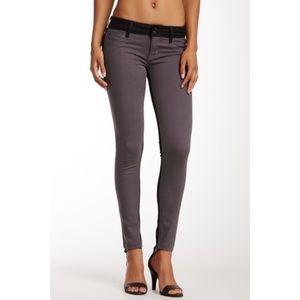 HUDSON Jeans Vice Versa Collin Skinny Jeans 24